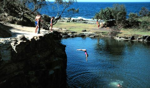 angourie blue pool australiantraveller