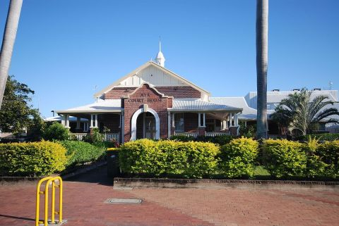 1200px Ayr Courthouse Qld