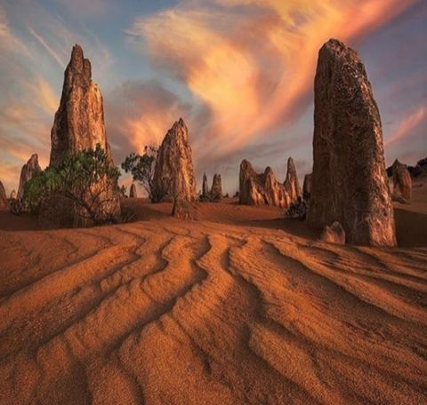 Pinnacles Desert Nambung