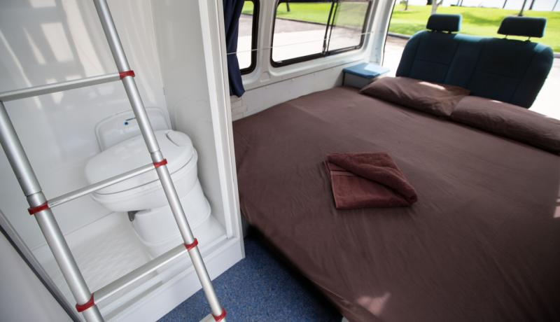 Campervan Hire Hightop With Shower And Toilet